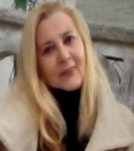 JULIA LLORENTE