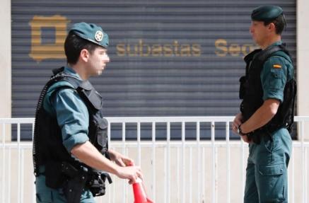 La Guardia Civil registra las oficinas de la constructora OHL, que se desploma un 8,9% en Bolsa