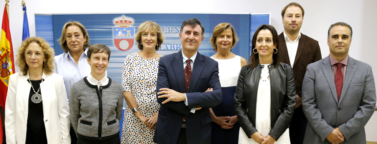 El Gobierno nombra a cinco nuevos directores generales en la Consejería de Educación, Cultura y Deporte