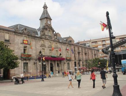 Nuevos desprendimientos en la estructura del Palacio Municipal recomiendan su desalojo