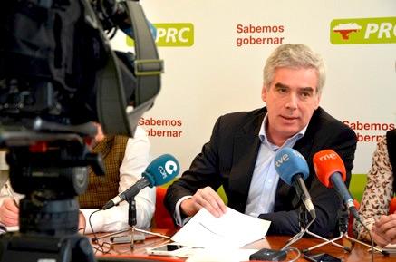 Fuentes Pila denuncia que Igual y su equipo han ocultado cinco meses el informe sobre las reclamaciones del PGOU