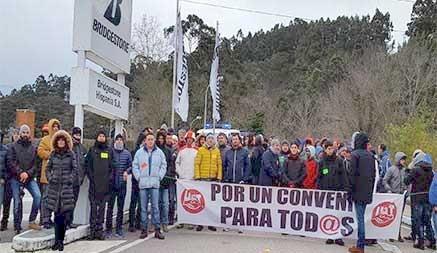 Los trabajadores de Bridgestone vuelven al trabajo tras llegar a un acuerdo con la empresa