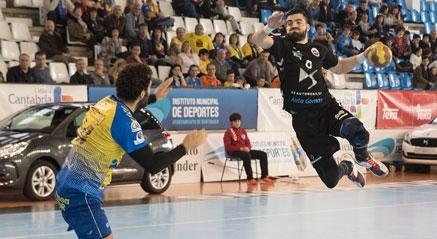 El Autogomas no falla en La Albericia y se mantiene en puestos de playoff