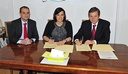 El Ayuntamiento y Banco Santander llegan a un acuerdo para potenciar el comercio online