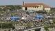 Cientos de personas se dan cita en la isla para rendir homenaje a la patrona de Santander