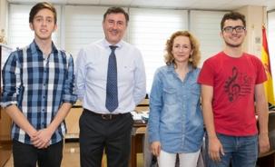 Mañanes recibe a los ganadores del XVIII Concurso Hispanoamericano de Ortografía