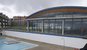 Invierten 650.000 euros para cubrir y climatizar la piscina de Suances y un nuevo gimnasio