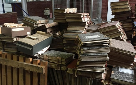 Desaparecen miles de documentos del Archivo Municipal, denuncia Casares