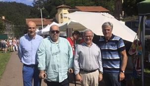 Oria visita el I Mercado Agroalimentario de Puente Viesgo que se celebra hasta mañana domingo