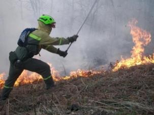 La lluvia y el fin del viento sur, acaban con los incendios forestales en Cantabria