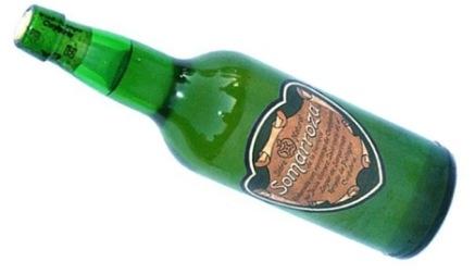 Asturias estudia acudir al Supremo para defender su botella de sidra frente a Somarroza