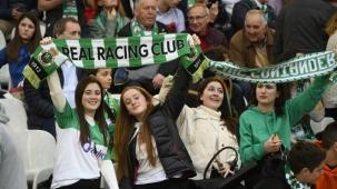 El Sardinero, ante más de 20.000 aficionados, asiste a una nueva derrota del Racing que se hunde como colista