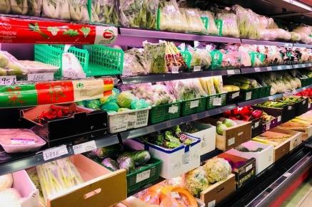 Muchos comercios chinos, sobre todo de alimentaci
