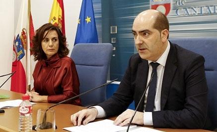 Cantabria tiene 43.756 parados y la consejera percibe mejoras
