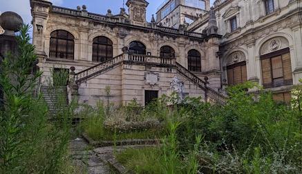 El PRC denuncia el estado de abandono del Museo de Bellas Artes