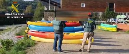 La Guardia Civil apunta a que que el negocio carecía de permiso para aguas rápidas como las del Cares y sus monitores no sabían primeros auxilios