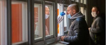 Cantabria, en máxima alerta sanitaria, al incrementarse hasta 188 los hospitalizados (29 en Cuidados Intensivos) tras el brote de Santa Clotilde
