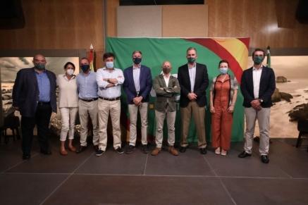 300 personas participan en el encuentro de VOX Cantabria con la presencia de Ortega Smith